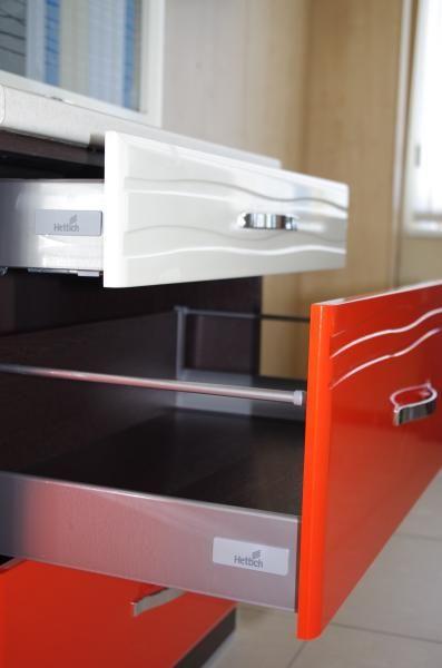 Кухня Оранж-9 Стол 60 с 3-мя ящиками плавного выдвижения