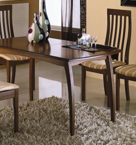 Обеденная группа: стол «Сонет Т1» стулья «Вагнер Т1»
